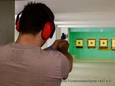 Großkaliber-Kurzwaffe-25m